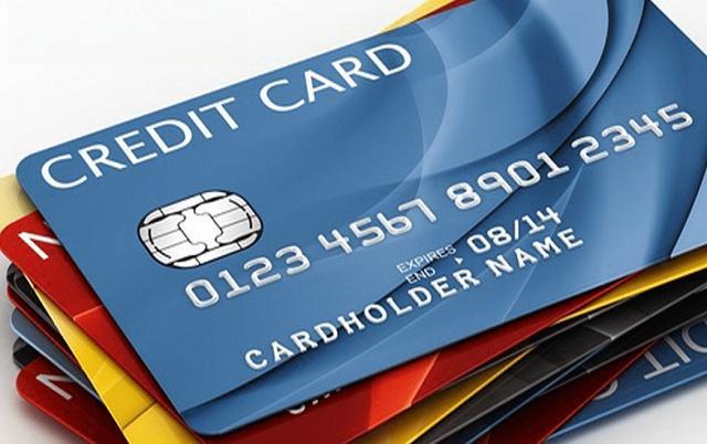 ACB giúp khách hàng hiểu hơn về cách sử dụng, mức phí áp dụng thẻ Debit là gì?