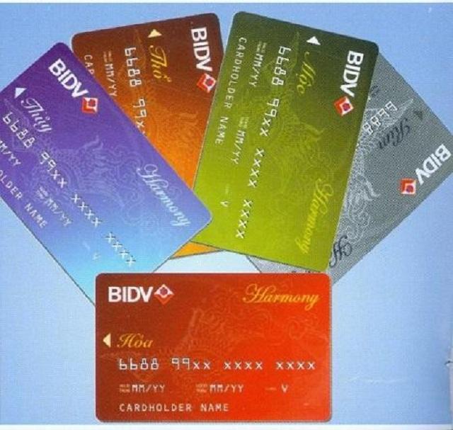 BIDV tạo điều kiện cho khách hàng mở thẻ Debit nội địa và thẻ Debit quốc tế