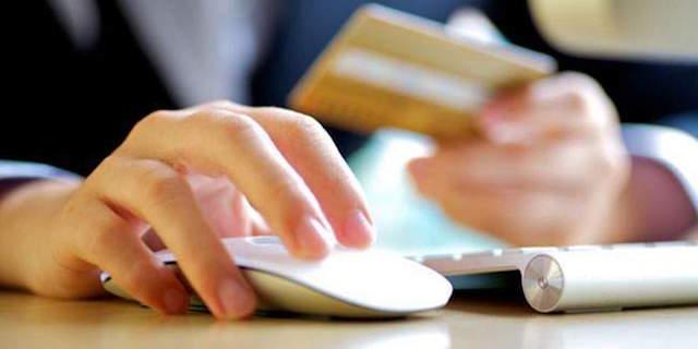 Bạn nên xóa mã số CVV trên thẻ để tránh bị lợi dụng và trộm cắp tiền