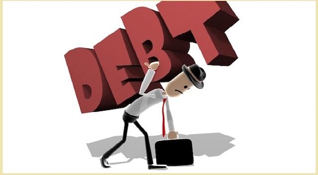 Đừng chi tiêu quá nhiều để rồi mang trên mình những khoản nợ khổng lồ