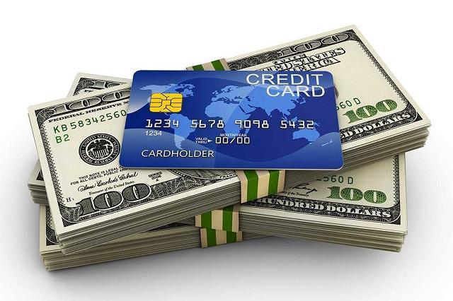 Khi có ý định rút tiền thẻ tín dụng, bạn cần lưu ý về hạn mức rút tiền mặt.