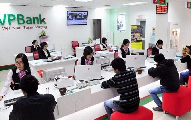 Tất cả các loại thẻ được mở tại VPBank đều có thể thực hiện rút tiền mặt