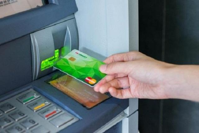 Thẻ tín dụng Fe Credit được nhiều người sử dụng bởi mức lãi suất hấp dẫn.