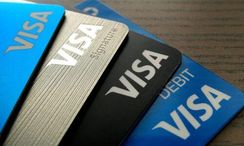 Thẻ Debit là gì? Cách sử dụng thẻ Debit từ A đến Z.