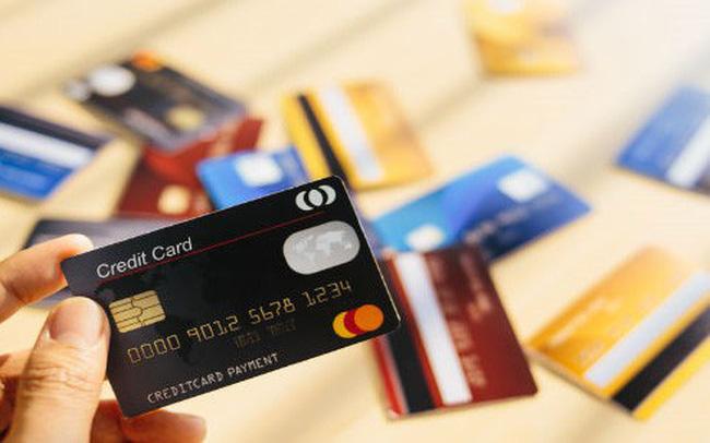 Bạn dễ dàng rút tiền mặt bất cứ lúc nào từ thẻ tín dụng của mình