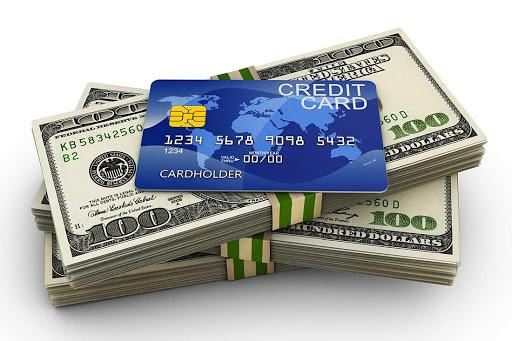 Hạn mức tín dụng phụ thuộc vào mức thu nhập và lịch sử giao dịch của chủ thẻ