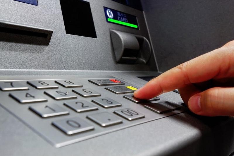Kiểm tra số dư khả dụng tại ATM