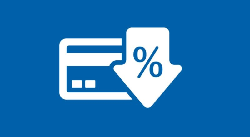Làm thế nào để hạn chế bị tính phí lãi suất thẻ tín dụng