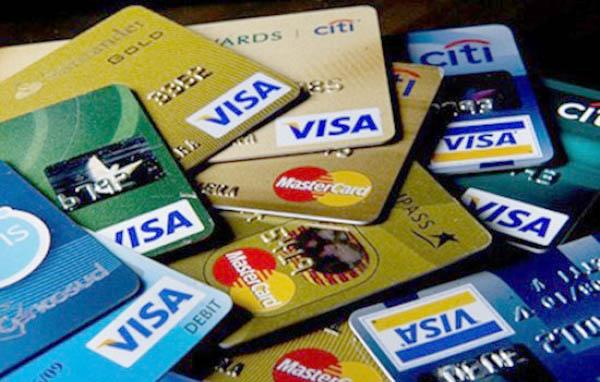 Mở thẻ tín dụng online có nhiều ưu điểm khiến khách hàng yêu thích