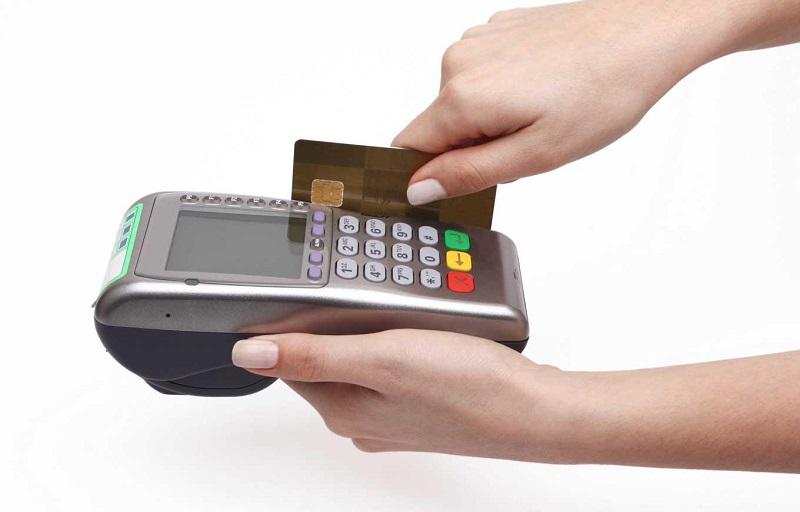 Thanh toán trả góp trực tiếp bằng thẻ tín dụng
