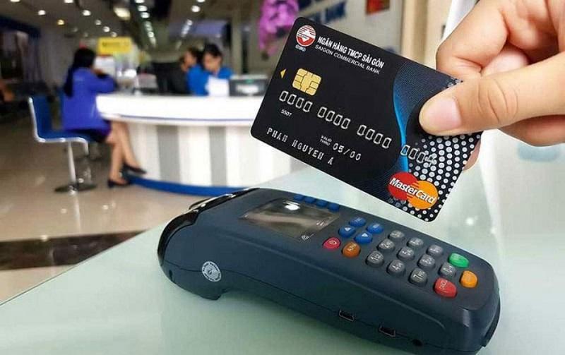 Thẻ tín dụng được rất nhiều khách hàng lựa chọn sử dụng thay tiền mặt