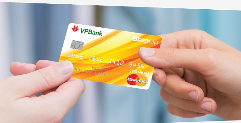 Thẻ tín dụng đang được sử dụng ngày càng phổ biến hơn