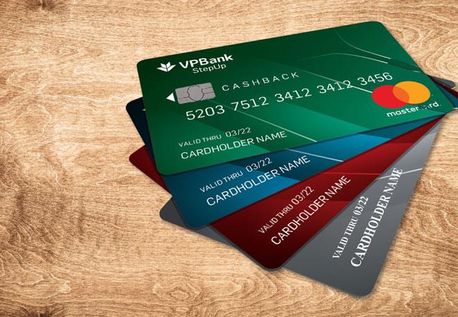 Thẻ tín dụng giúp bạn thanh toán các đơn hàng giá trị cao khi không đủ tiền
