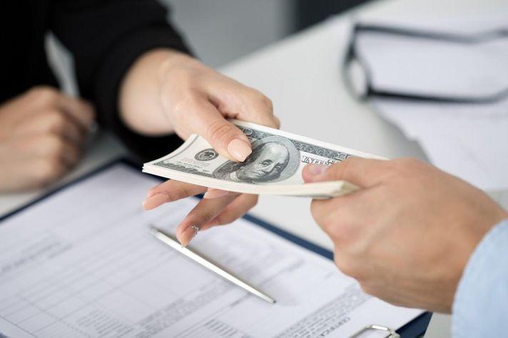 Vay vốn ngân hàng bằng giấy xác nhận lương