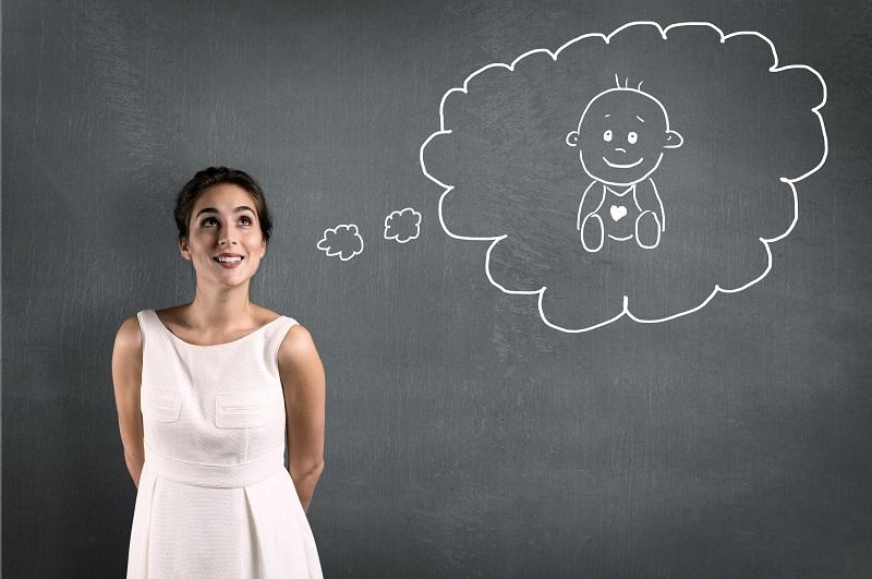 Khách hàng tham gia bảo hiểm thai sản PVI