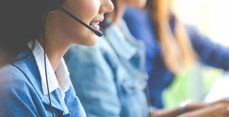 Liên hệ với trung tâm chăm sóc khách hàng của ngân hàng để tra cứu số tài khoản