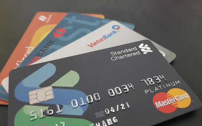 Máy POS chấp nhận tất cả các loại thẻ do ngân hàng phát hành