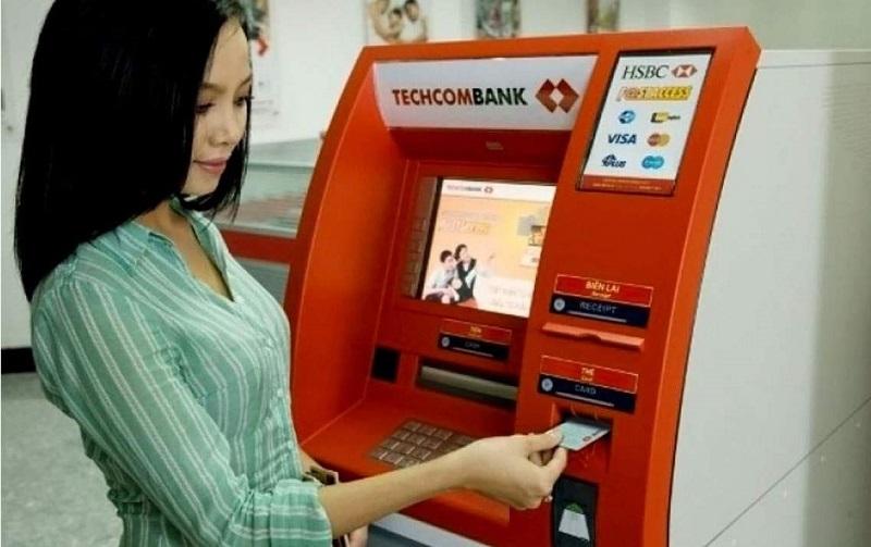 Mở thẻ ATM Techcombank nhanh chóng chỉ 2 ngày làm việc