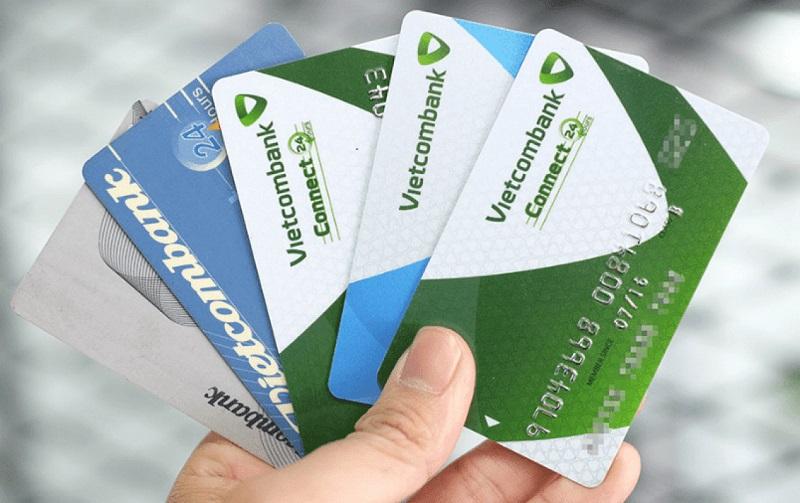 Mở thẻ tín dụng bằng cách ký quỹ ngân hàng