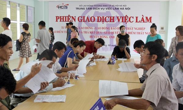 Nộp hồ sơ bảo hiểm thất nghiệp tại trung tâm dịch vụ việc làm Hà Nội