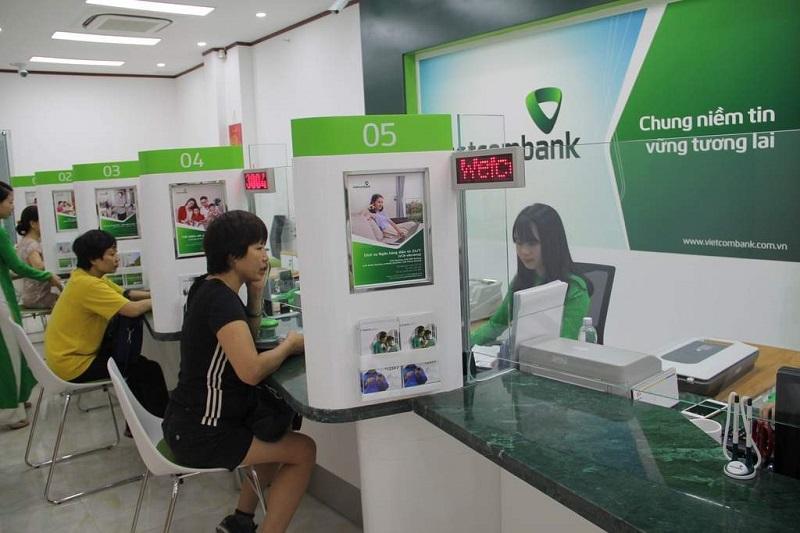 Phí chuyển đổi ngoại tệ tại ngân hàng Vietcombank