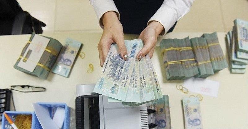 Rút tiền tiết kiệm trước kỳ hạn có nhiều bất lợi