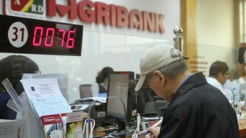 Tất cả ngân hàng và tổ chức tài chính tại Việt Nam đều có dịch vụ đổi tiền rách