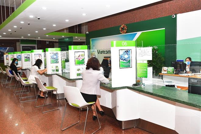 Ngân hàng Vietcombank có làm việc thứ 7 không?