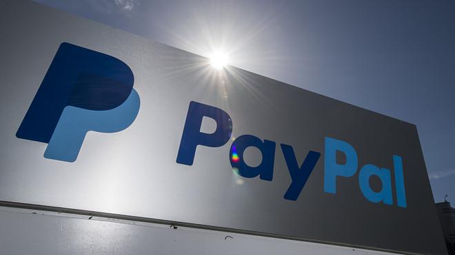 Rút tiền từ PayPal về ngân hàng Việt Nam khá đơn giản