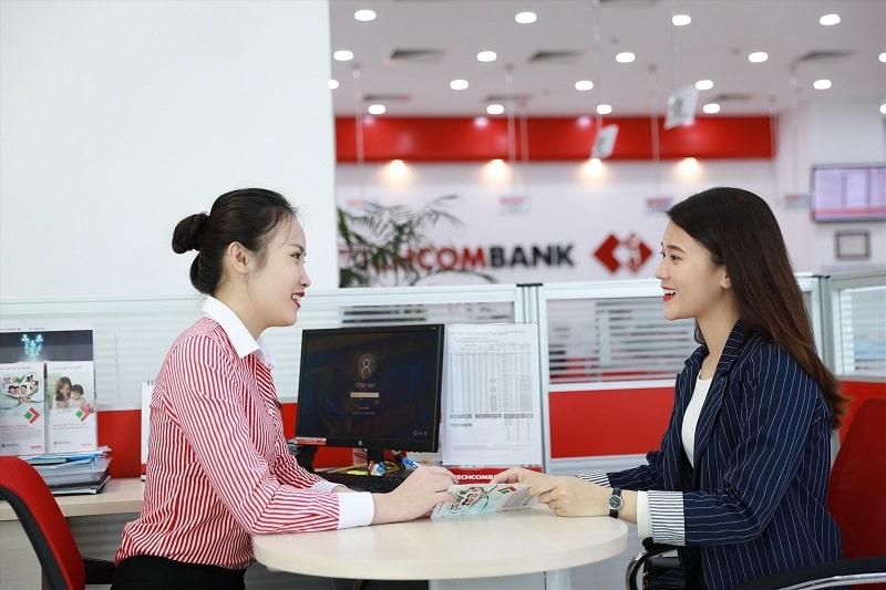 Ngân hàng Techcombank có hỗ trợ vay tín chấp theo lương tiền mặt và chuyển khoản