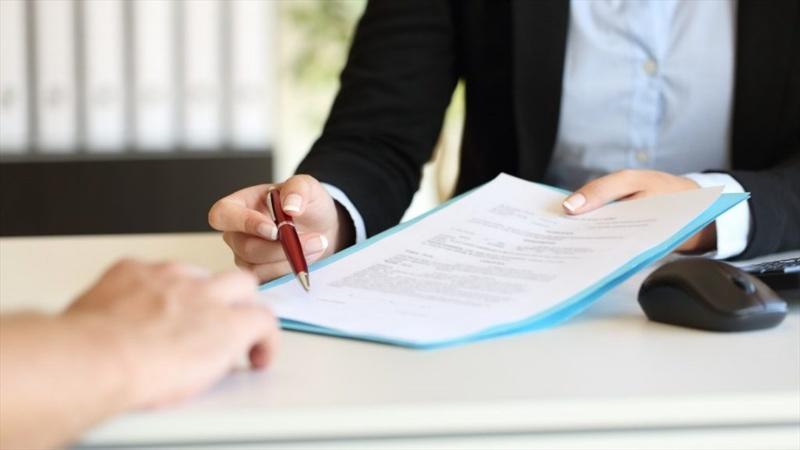 Khi vay tiền không lãi suất hay có lãi suất thì mỗi khách hàng đều phải có hợp đồng chi tiết với tổ chức cho vay